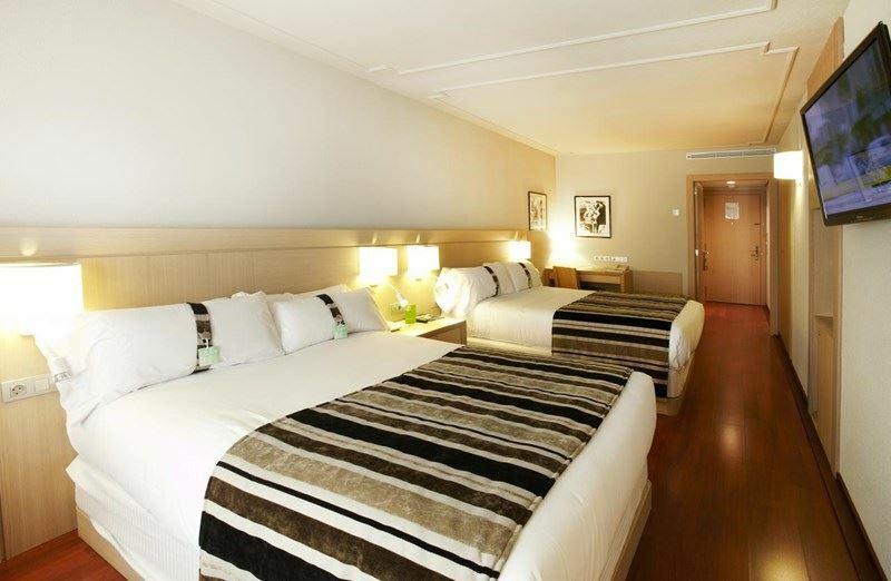 Фото Holiday Inn Андорра