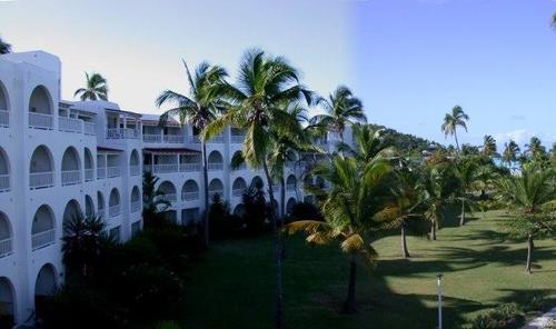 Отель Jolly Beach Resort Антигуа