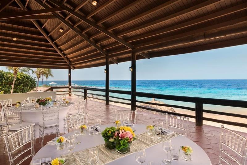 Отель Отель Hilton Curacao Нидерландские Антильские Острова О. Кюрасао