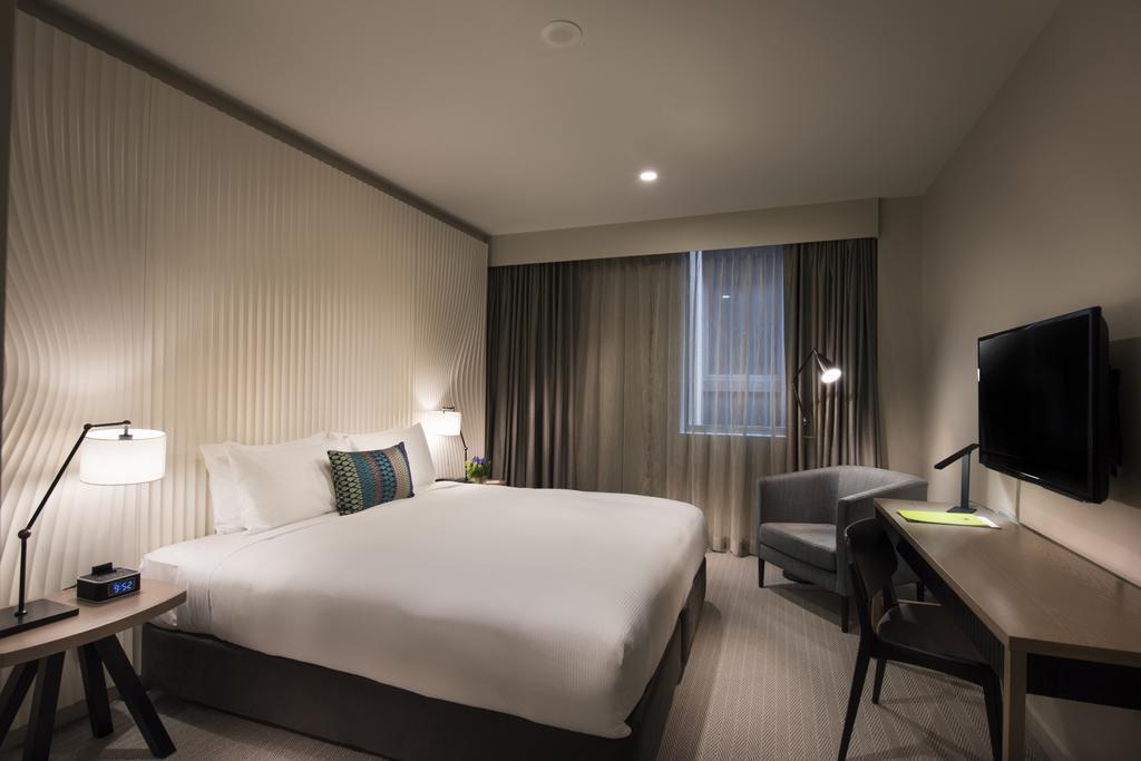 Отель Doubletree By Hilton Melbourne Мельбурн
