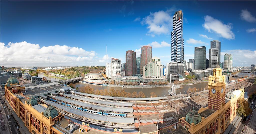 Фото Doubletree By Hilton Melbourne
