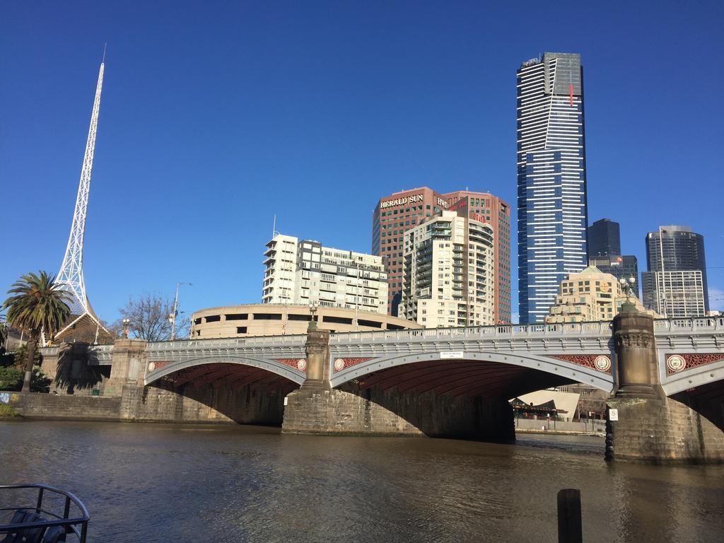 Отель Mantra Bell City Австралия Мельбурн
