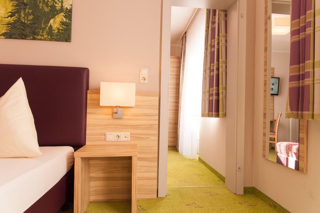 Отель Der Salzburgerhof Бад Хофгастайн