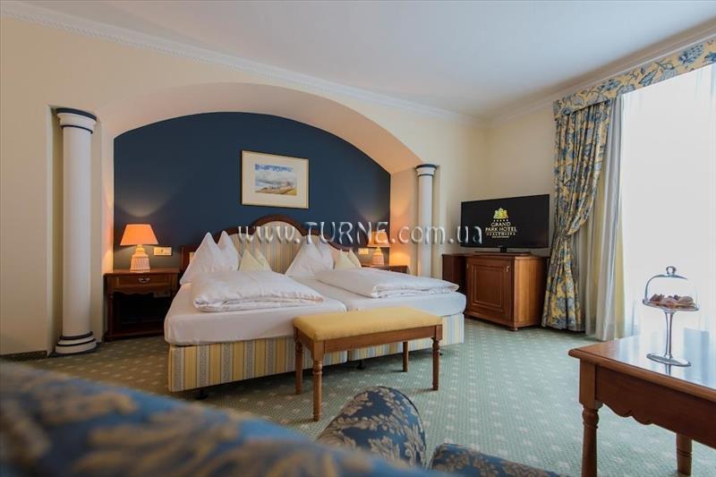 Фото Das Alpenhaus Hotel