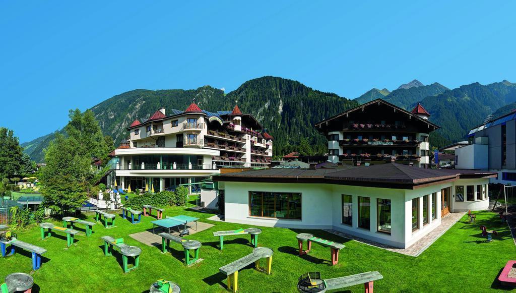 Фото Strass Sporthotel Австрия Майерхофен