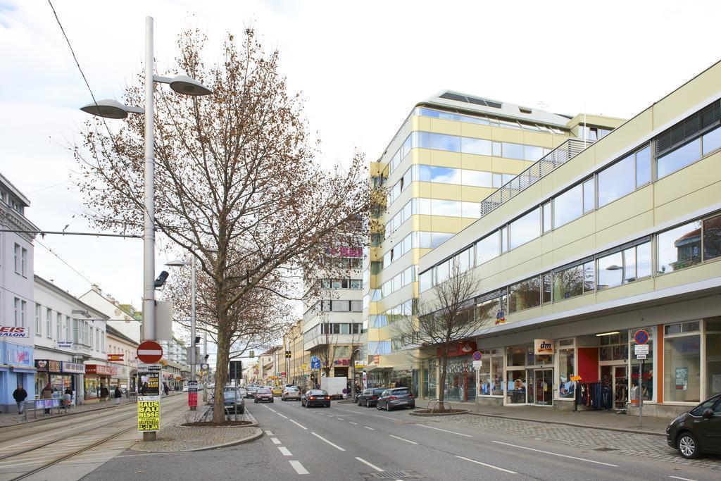 Фото Simms Hotel Австрия