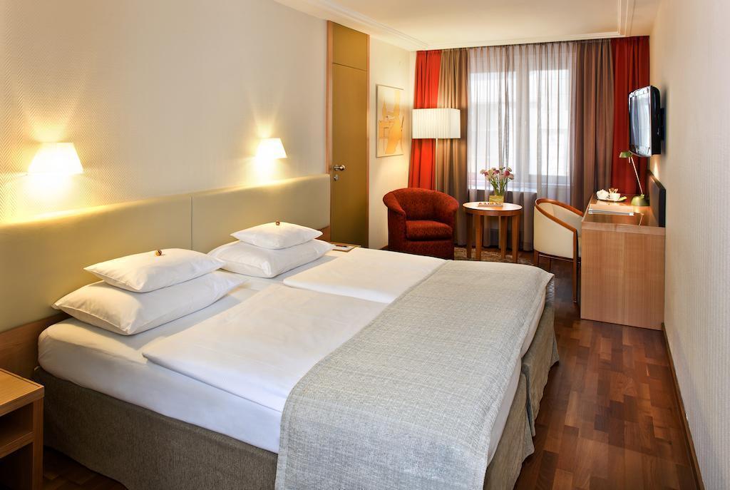 Отель Tigra Австрия Вена