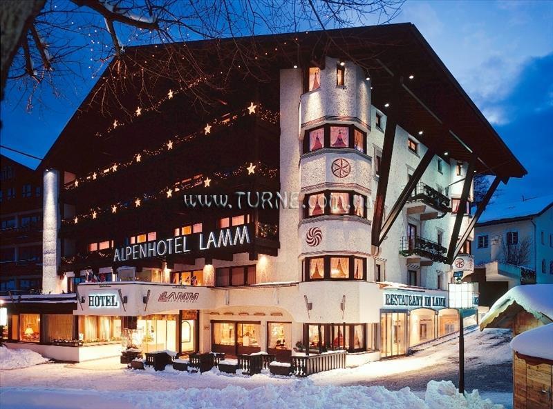 Hotel Lamm Зеефельд
