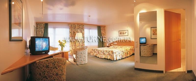 Отель Hotel Lamm Австрия Зеефельд