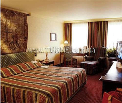 Отель NH Brugge Брюгге