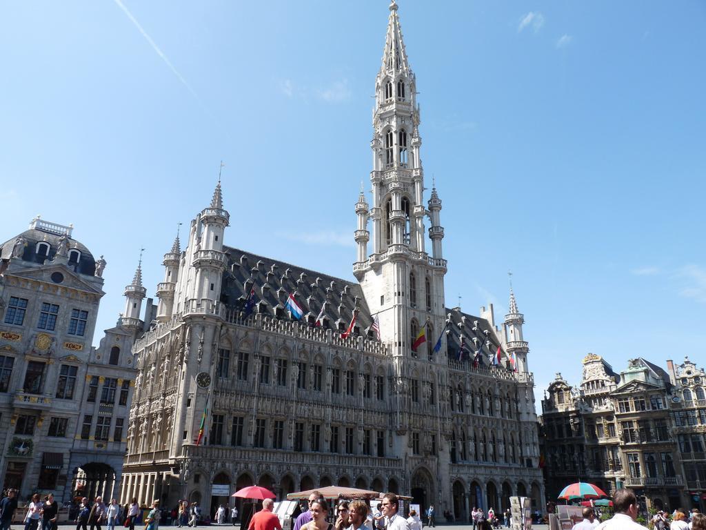 Dansaert Hotel Брюссель
