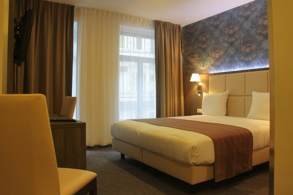 Фото Dansaert Hotel