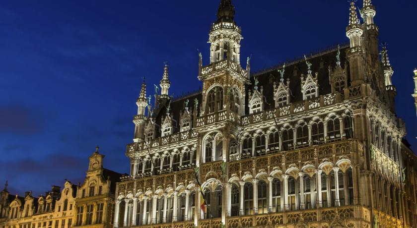 Отель Dansaert Hotel Брюссель