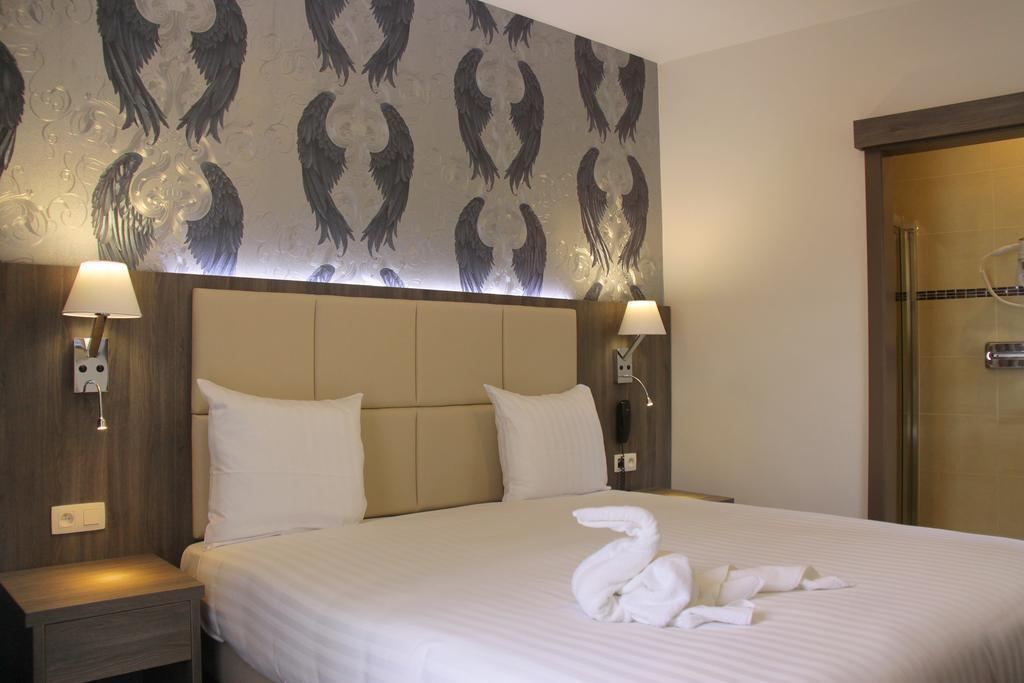 Фото Dansaert Hotel Бельгия Брюссель