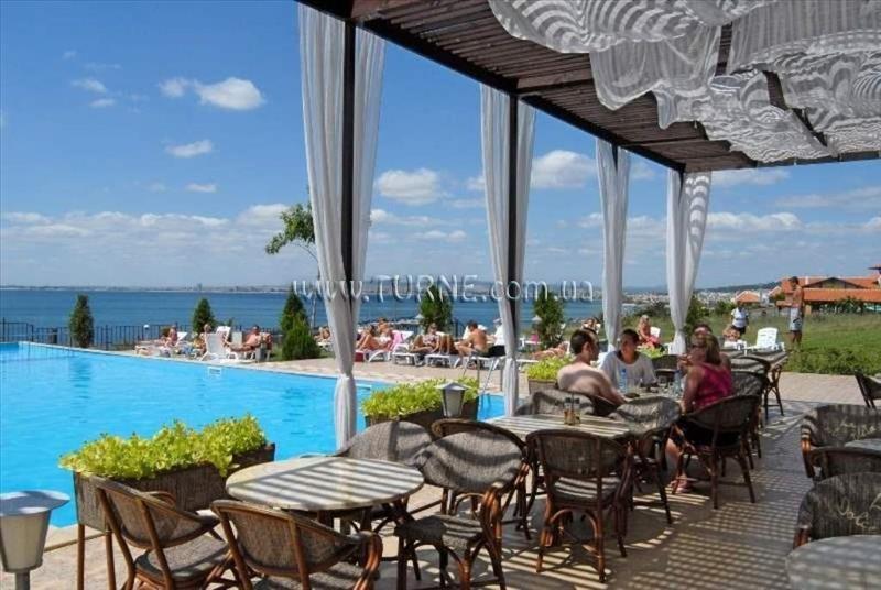 Dinevi Resort Front Line Албена