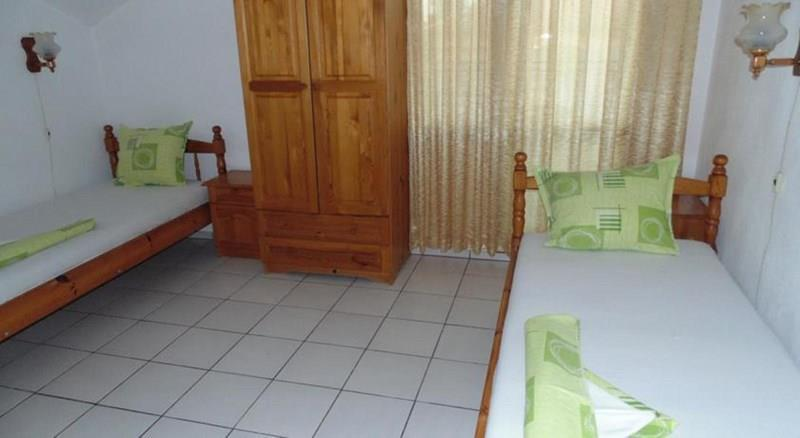 Topalovi Family Hotel-West