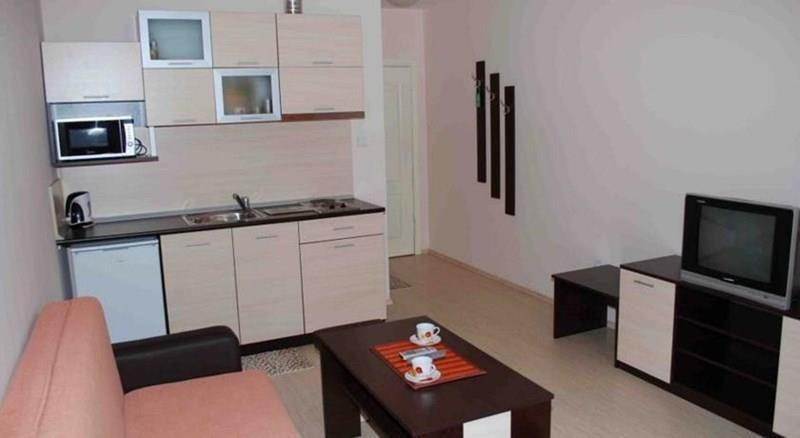 Отель Topalovi Family Hotel-West Несебр