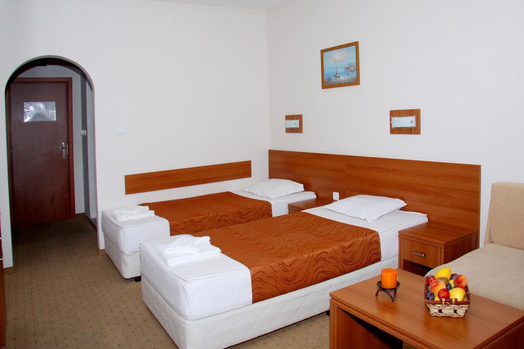 Отель Liani Солнечный берег