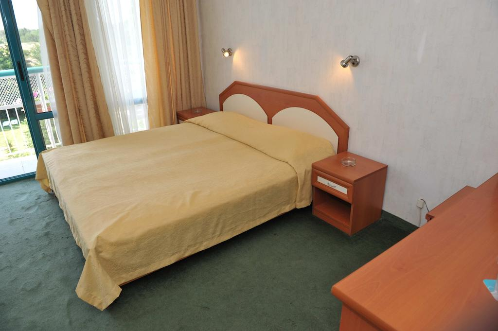 Отель Zefir Болгария Солнечный берег