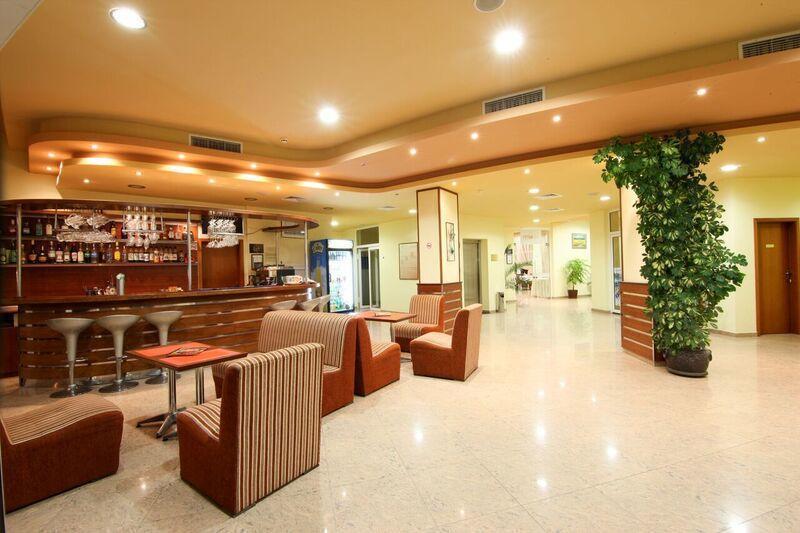 Отель Veris Солнечный берег