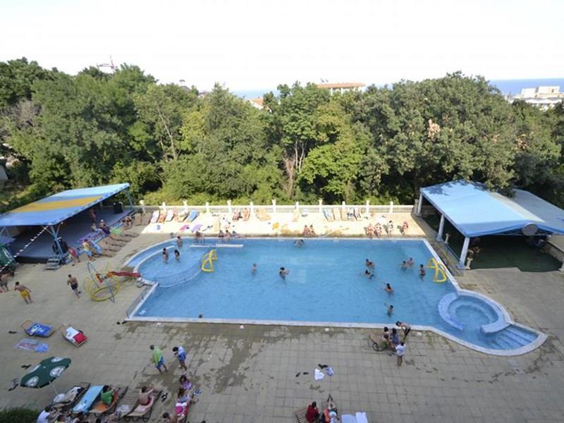 Dana Park(ex. Dana Palace Park)