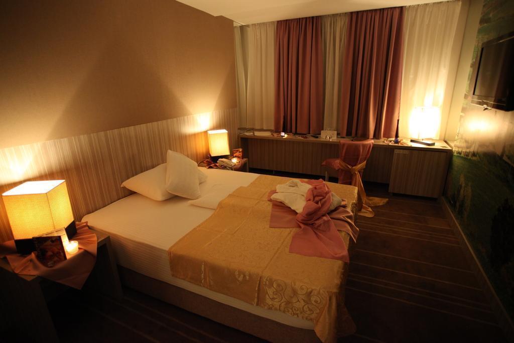Отель Hollywood Сараево