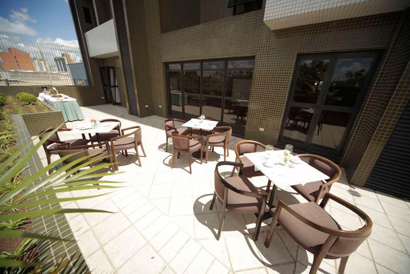 Отель Novo Vernon Hotel Бразилия Куритиба