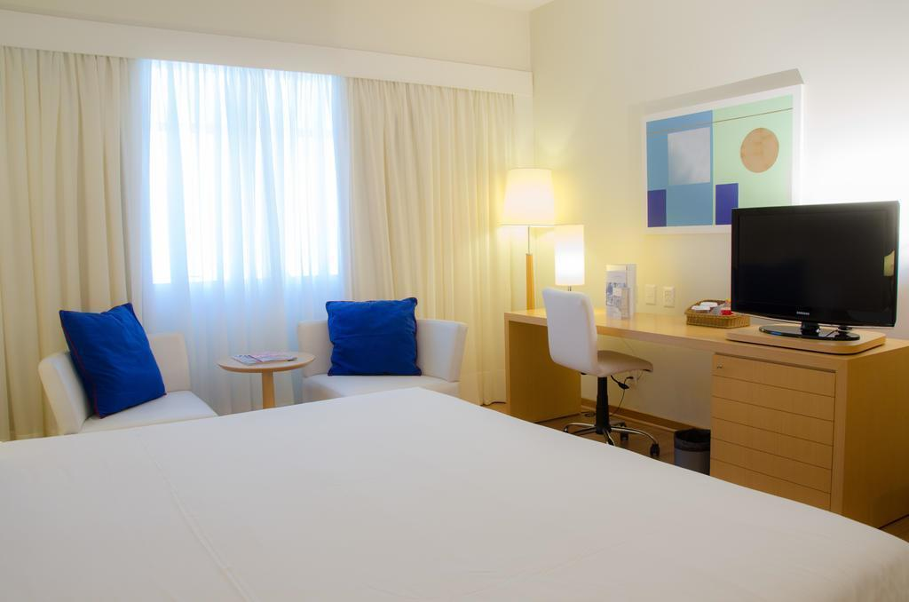 Отель Pestana Curitiba Бразилия Куритиба