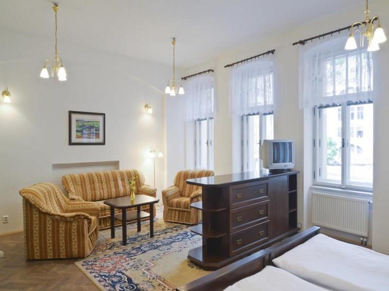 Отель Ea Esplanade Apartments Карловы Вары
