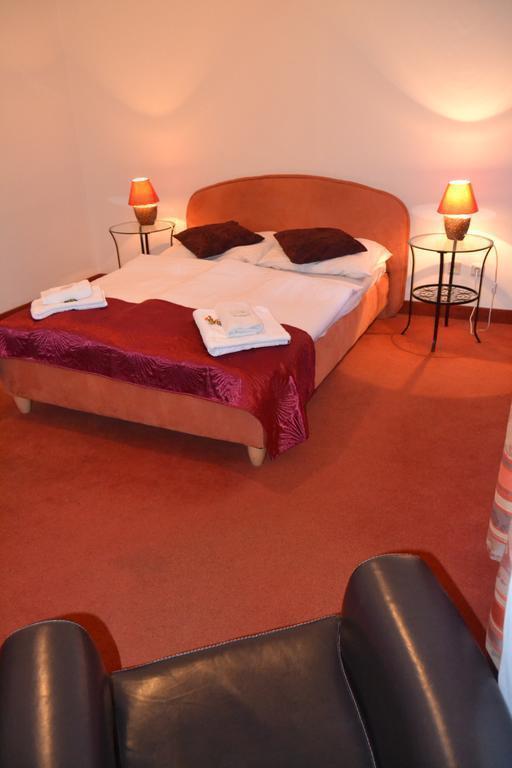 Отель Venezia Hotel Прага