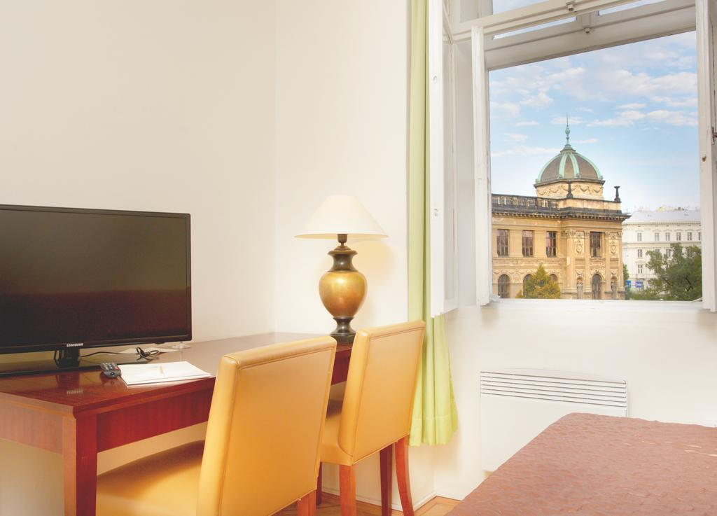 Фото Wenceslas Square Hotel (ex. Musketyr) Прага