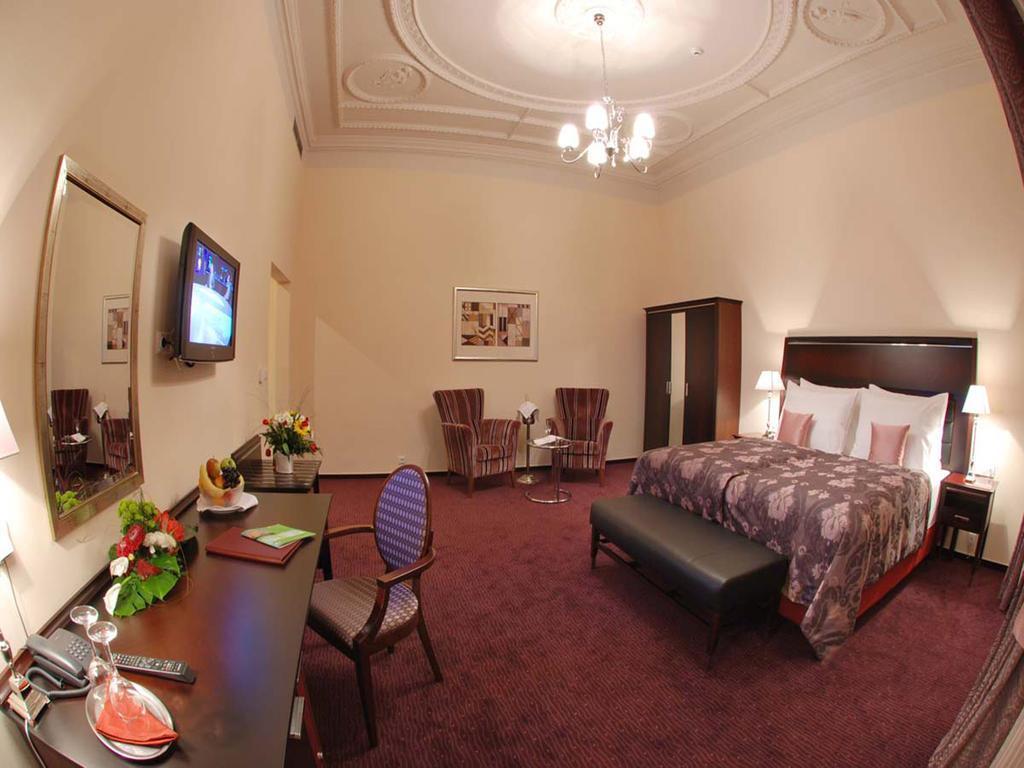 Отель Ea Hotel Embassy Prague Чехия Прага