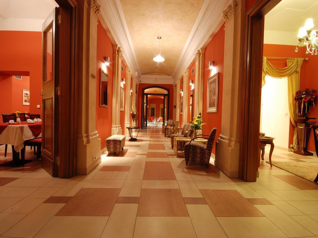 Ea Hotel Embassy Prague Прага