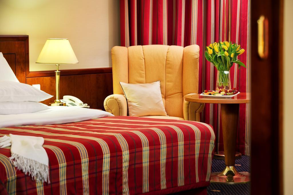 Отель Diplomat Прага