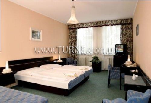 Фото Hotel Labut Врхлаби (Vrchlabi)