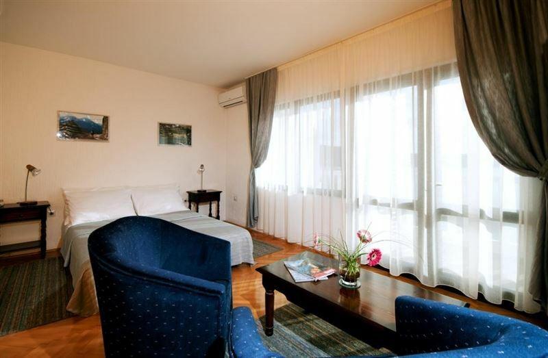 Отель Tenzera Черногория Кумбор