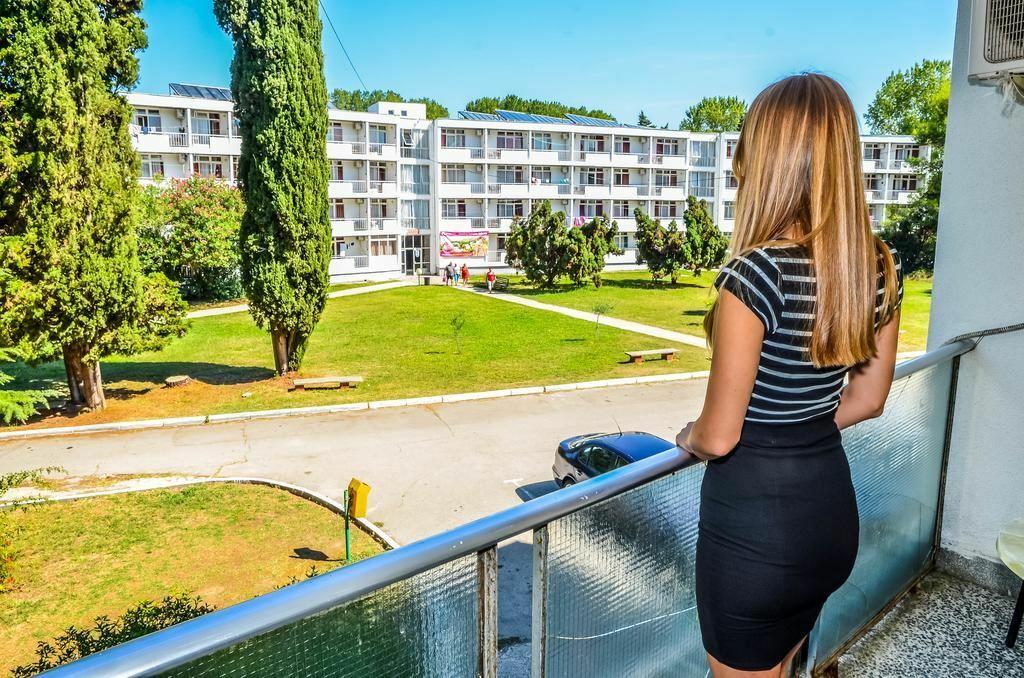 Фото Bellevue Hotel Ulcinj Улцинь