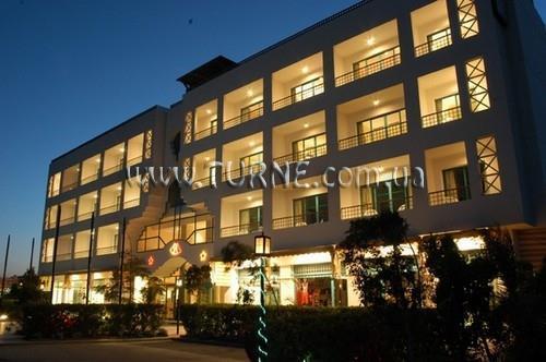 Фото Amira Hotel 3*