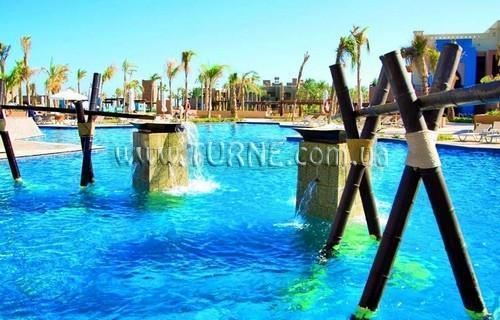 Фото Crowne Plaza Sahara Oasis 5*
