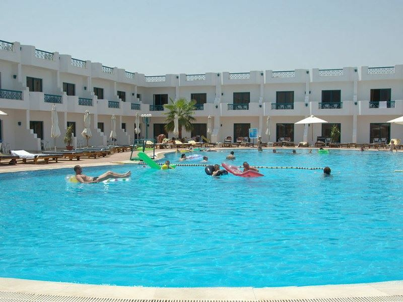 Фото Sharm Cliff Resort 4*