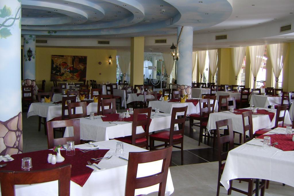 Отель Aqua Hotel Resort & Spa Шарм-эль-Шейх