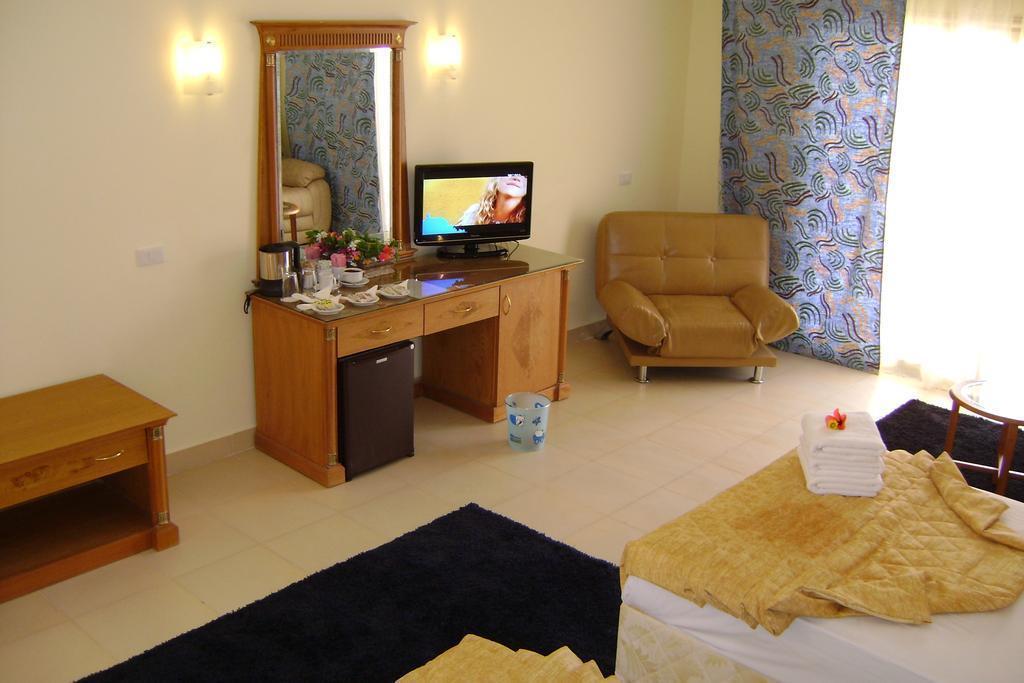 Фото Aqua Hotel Resort & Spa