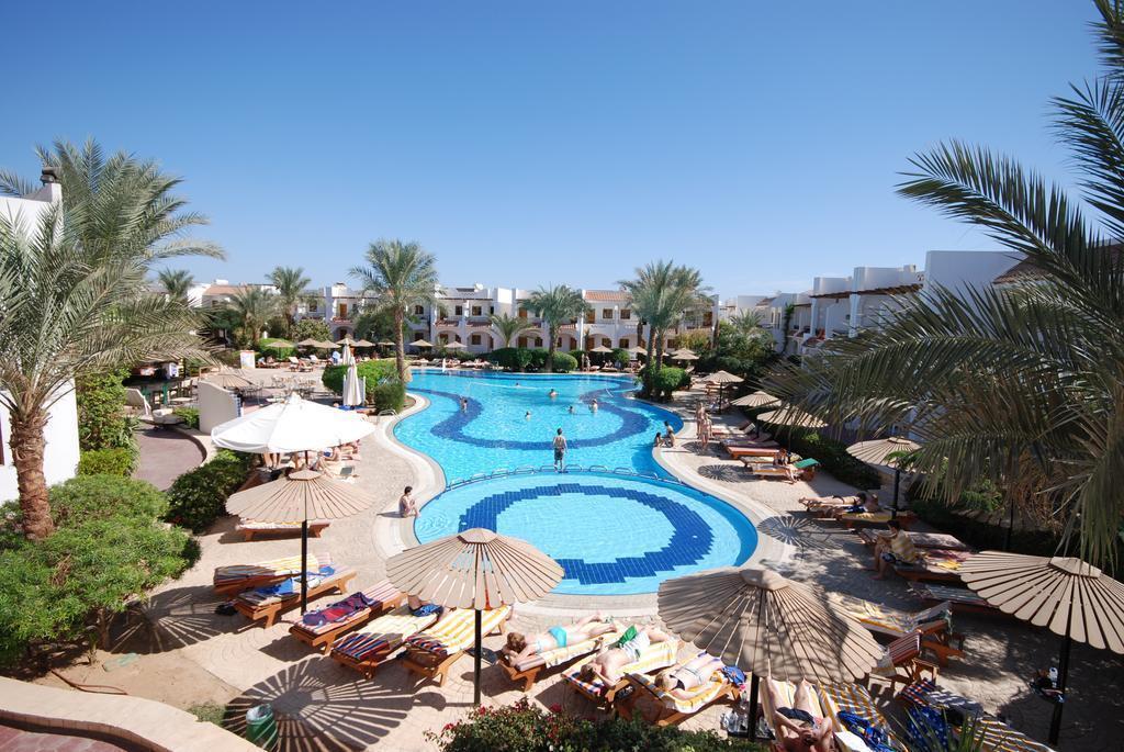 Фото Dive Inn Resort Hotel 4*