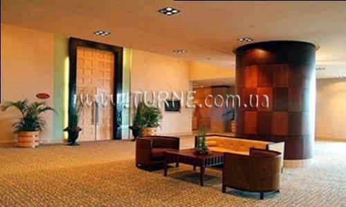 Отель Crowne Plaza Galleria Манила