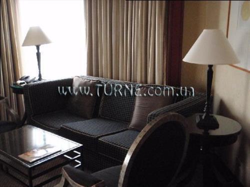 Фото Diamond Hotel Манила