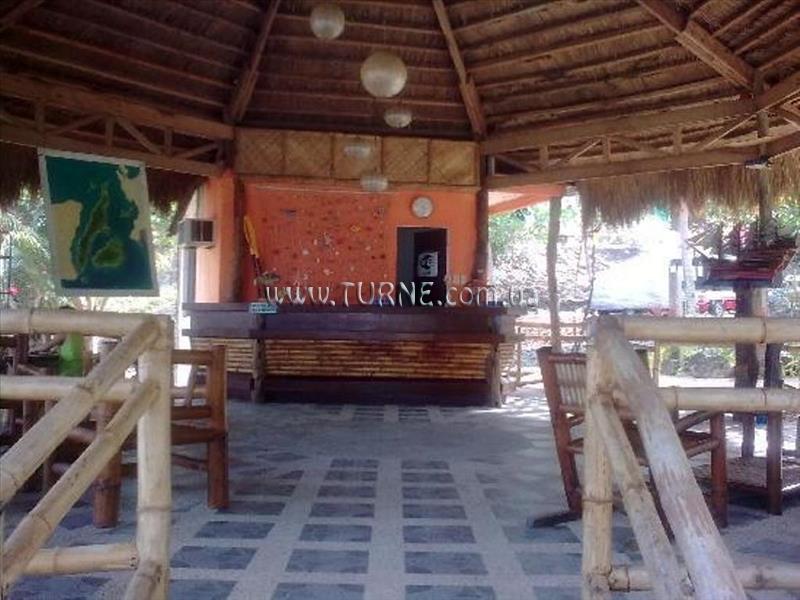 Cebu Club Fort Med Resort