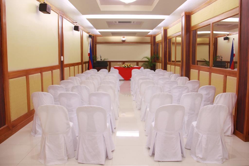 Отель San Remigio Pensionne Suites Филиппины о. Себу