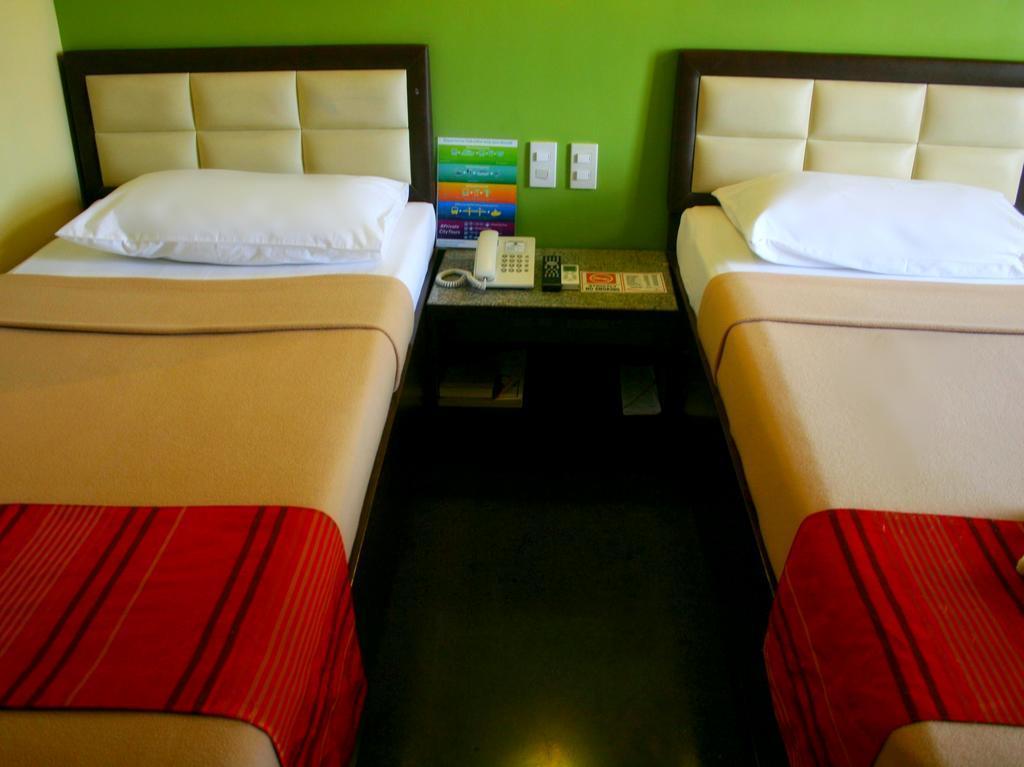 Фото Express Inn Cebu
