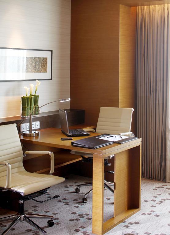 Отель Radisson Blu Hotel Cebu Филиппины о. Себу