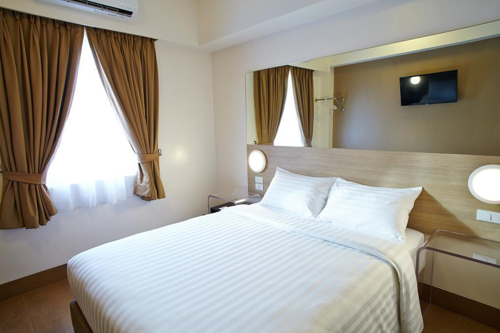 Отель Red Planet Hotel Cebu о. Себу